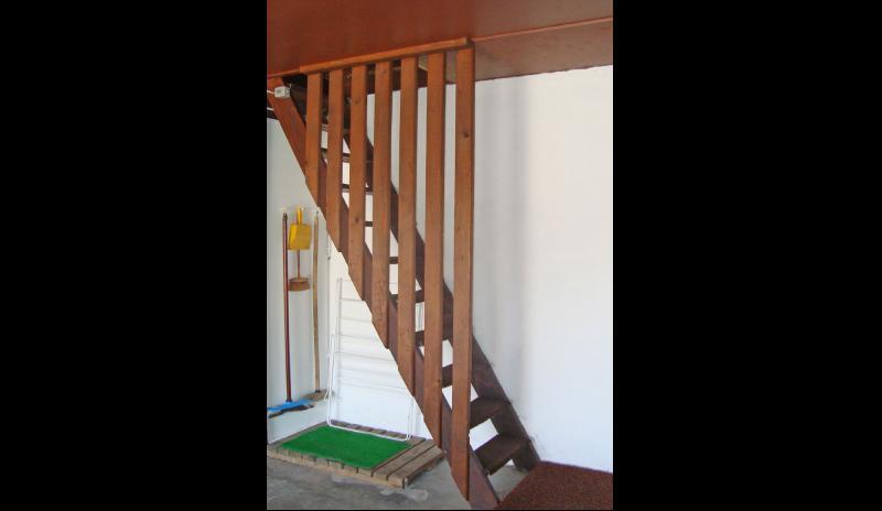 g0034-escalier-555477